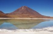 Laguna Verde and Volcán Lincacabur